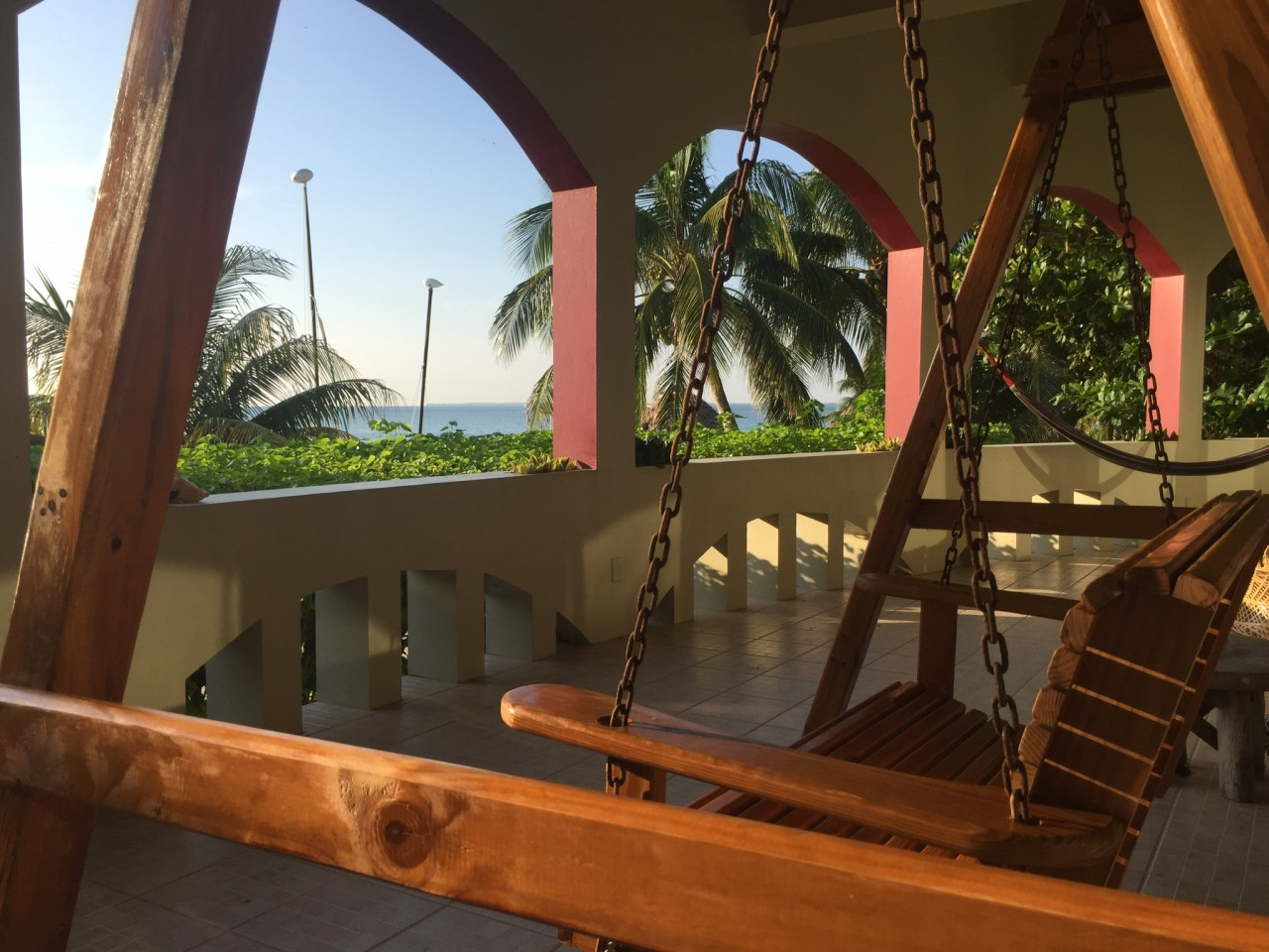 SGCR-Villa_oceanfront-veranda-with-porch-swing