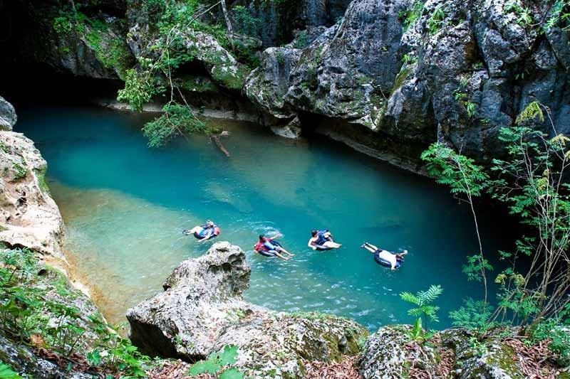 Belize-Cave-Tubing-1